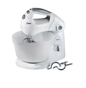 Batidora de mano y pedestal Oster® tazón de plástico 2600